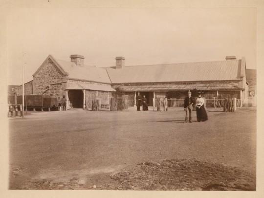 Peake Telegraph Station, 1872 [B11364]